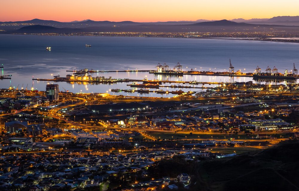 table bay harbour cape town